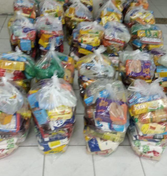 Nahrungsmittel verteilt